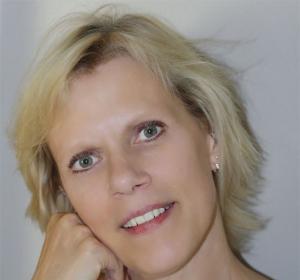 Internet Specialist Trish Parr